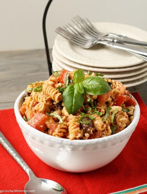 Tomato Feta Pasta Salad - Garnish with Lemon