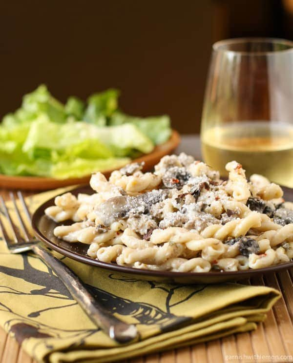 Pasta with Sausage, Mushrooms and White Wine Cream Sauce