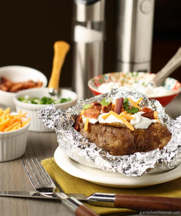 ... up your spuds family-style with these simple Crock Pot Baked Potatoes