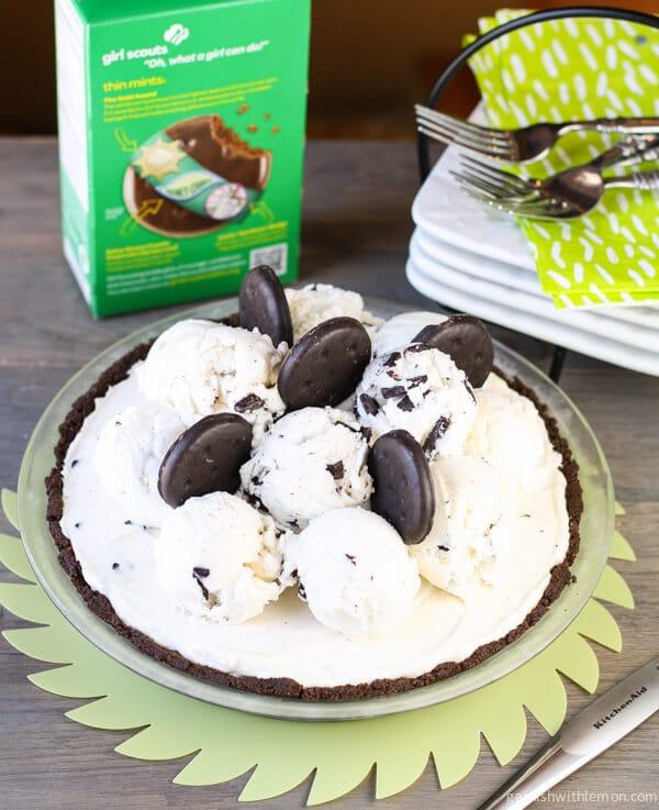 Thin Mint Chocolate Chip Ice Cream Pie