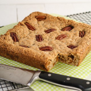 Salty Caramel Pecan Oatmeal Cookie Bars (1 of 2)