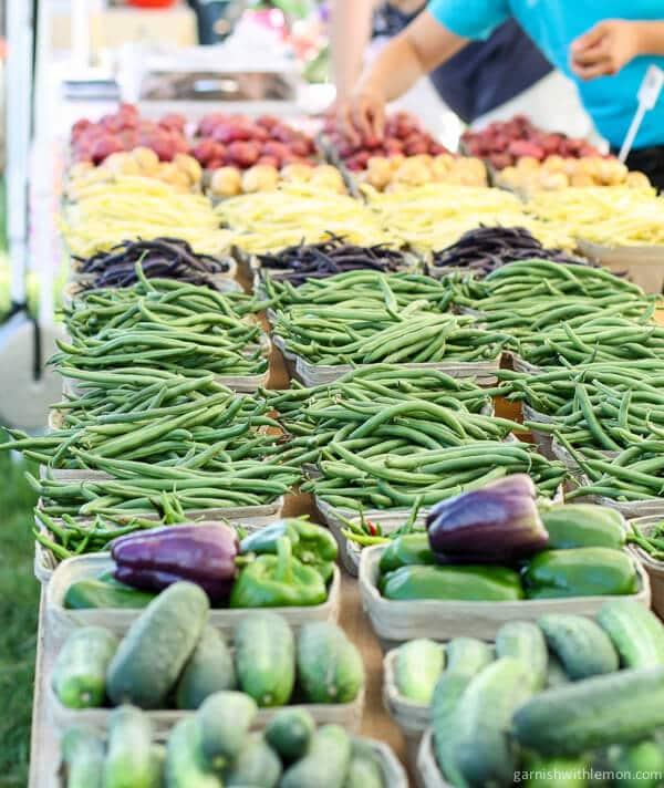 Farmer's Market - Garnish with Lemon