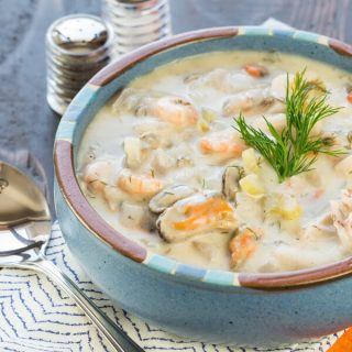 Easy Weeknight Seafood Stew