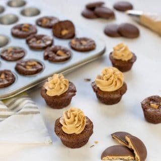 Tagalong Brownie Bites with Peanut Butter Frosting