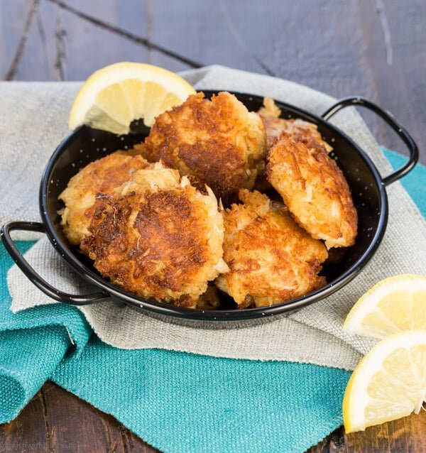 Mini Crab Cakes are party food perfection. Crisp, golden brown and not ...