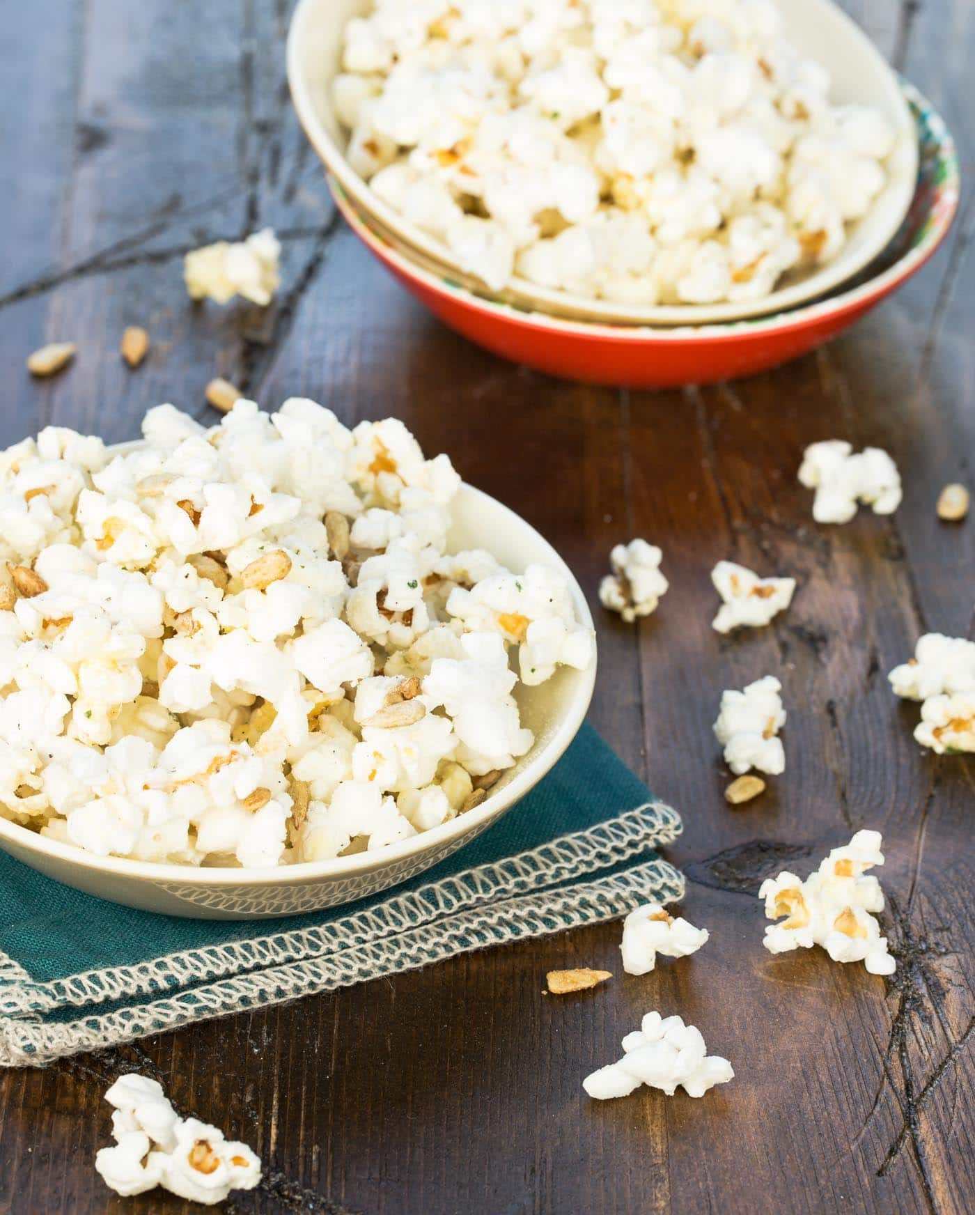 My kids' favorite condiment is ranch dressing, so I knew they would like this Ranch Popcorn with Sunflower seeds. Check out the rest of our Smart Summer Snacks for Kids!