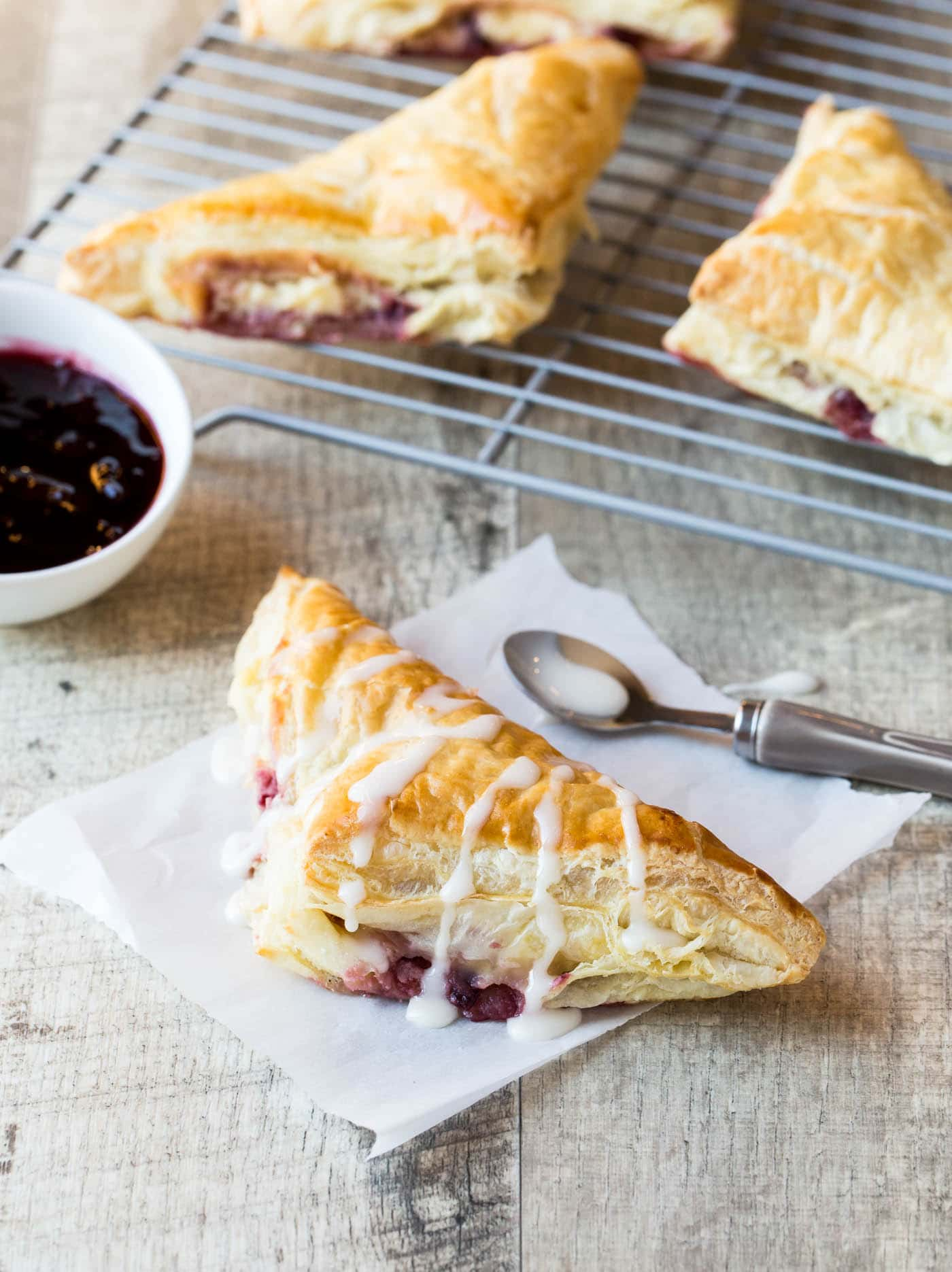 Light, flaky and delicious (and made with an supermarket shortcut), make sure to put these Easy Cherry Cream Cheese Danish on your next brunch menu.