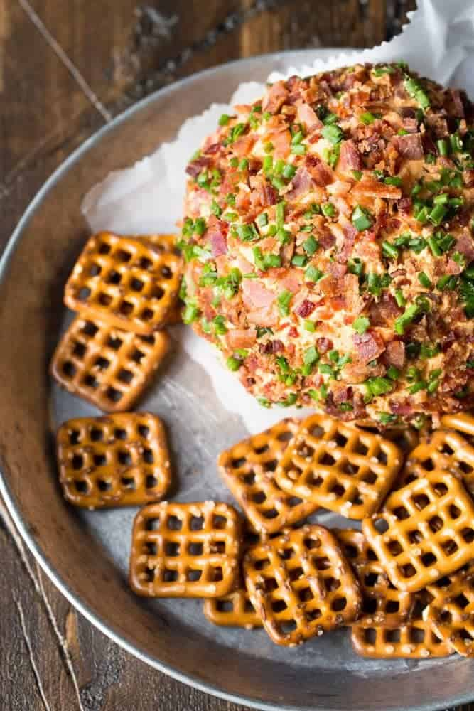 This make-ahead bacon Pimento Cheese Ball is a great addition to any party spread!
