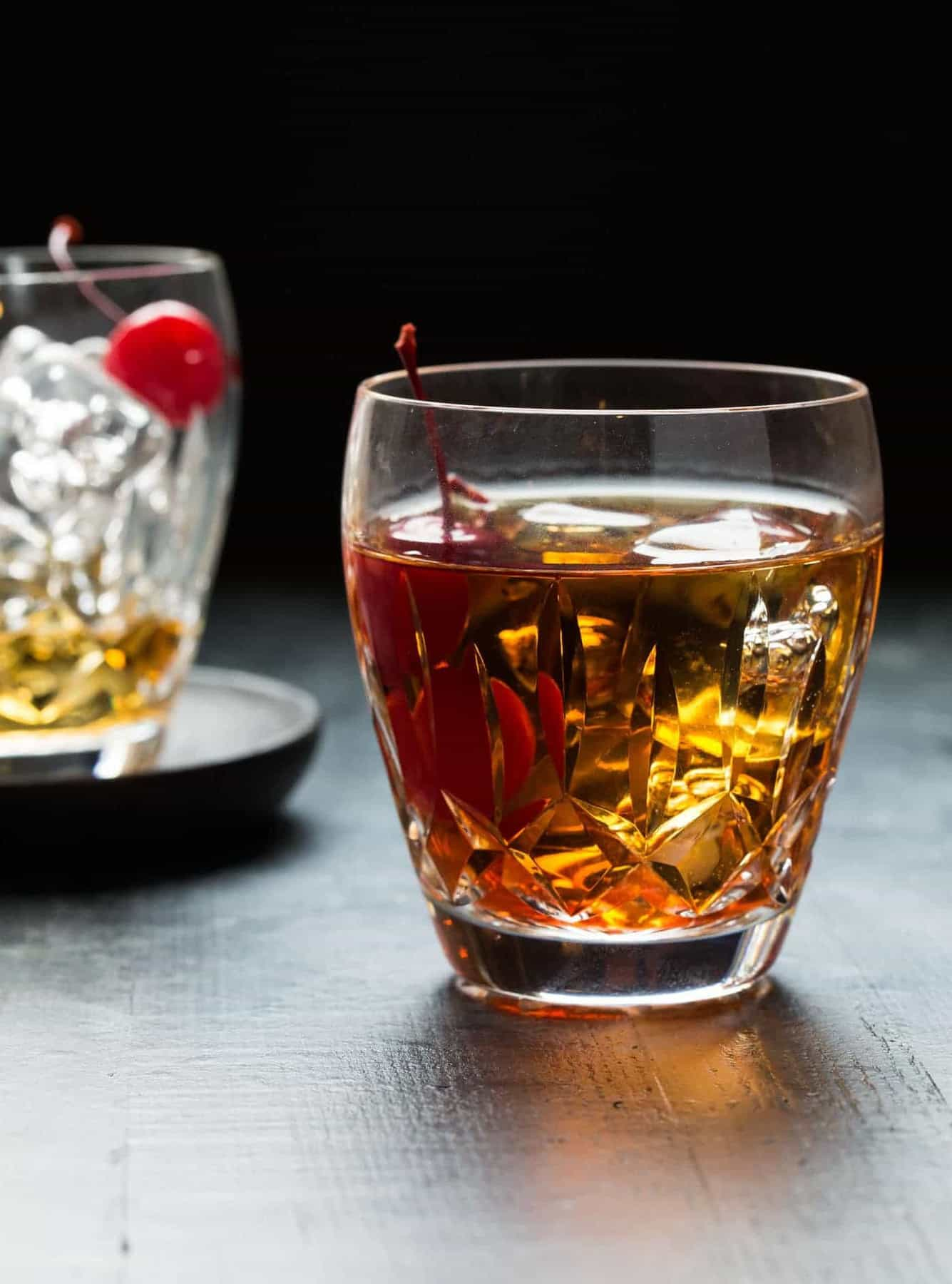 How To Make Perfect Manhattan Drink