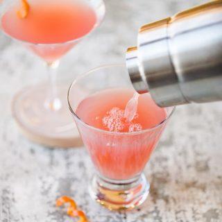 How to Set Up a DIY Martini Bar