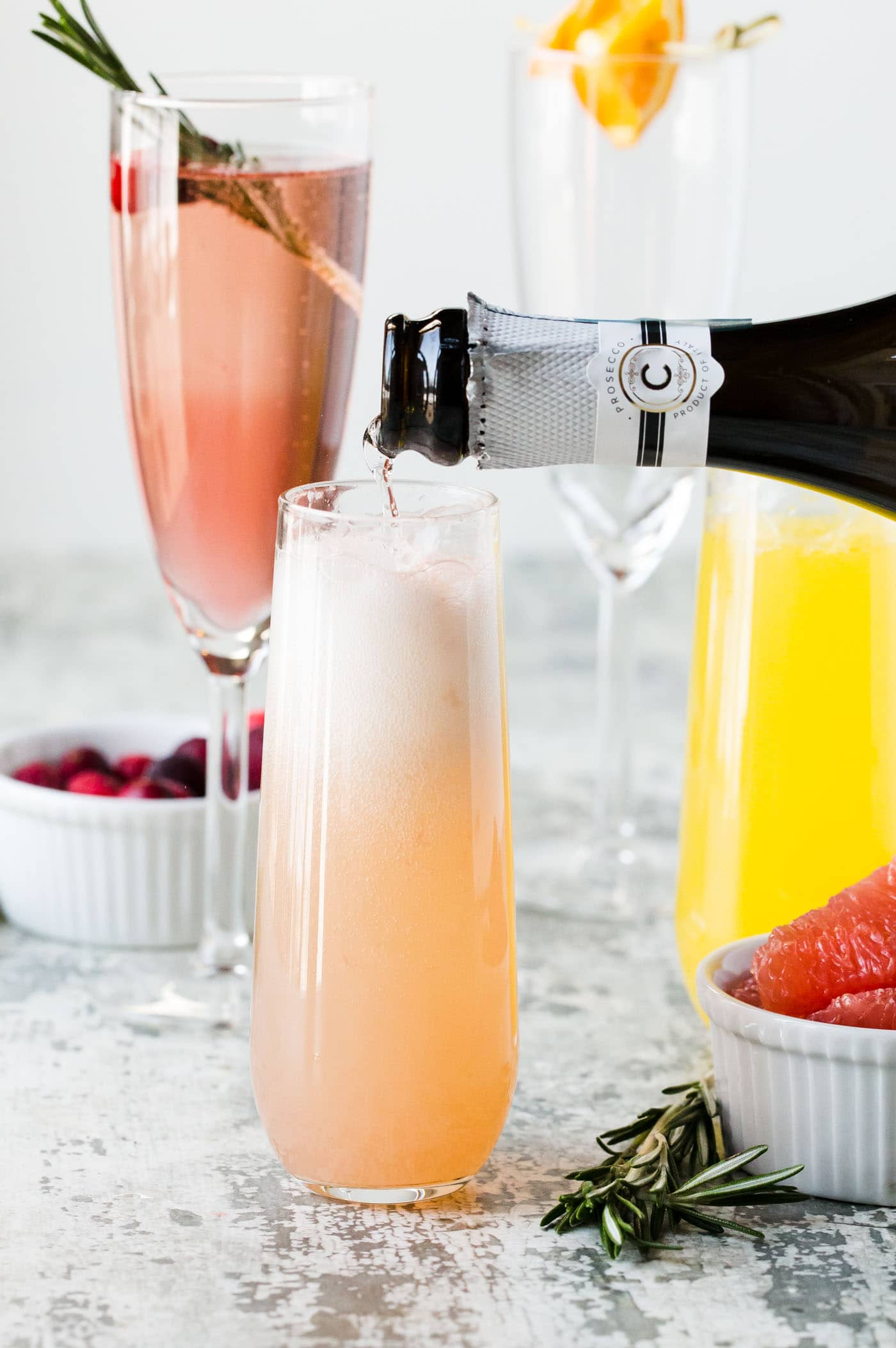 Hosting a crew for brunch? Don't miss our tips for How to set up an Easy DIY Mimosa Bar!