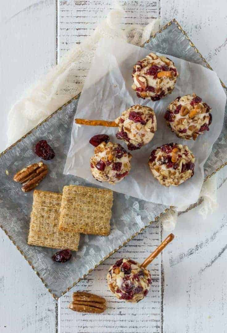 Cranberry Cheddar Cheese Balls