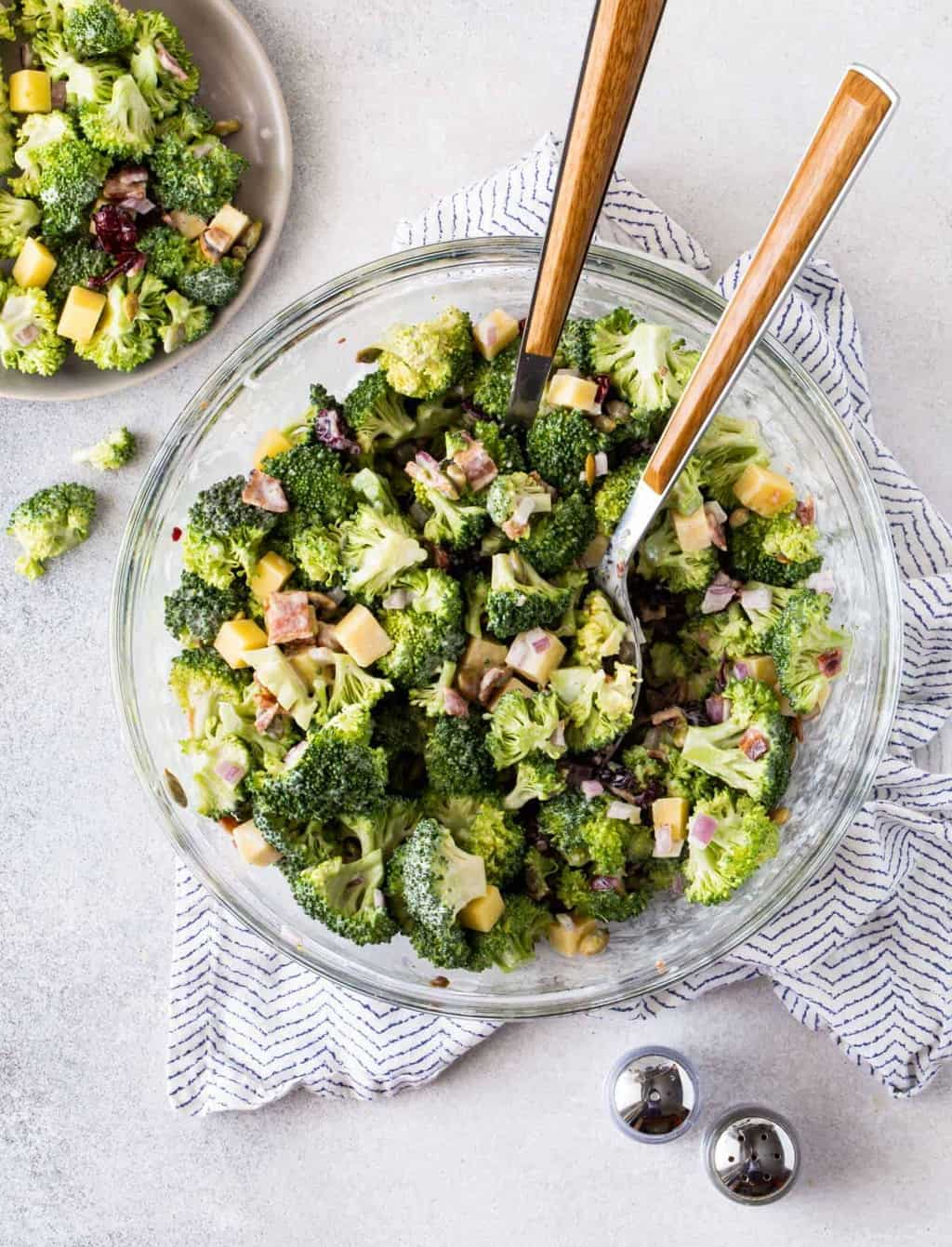 Easy Broccoli Salad With Bacon And Cheese Garnish With Lemon
