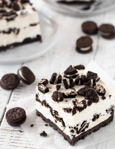 No Bake Cookies and Cream Cheesecake Bars