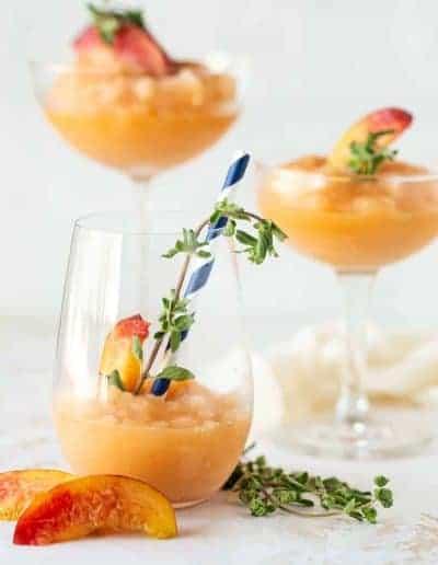 Easy Peach Frosé Recipe (Frozen Rosé Wine Slushies)