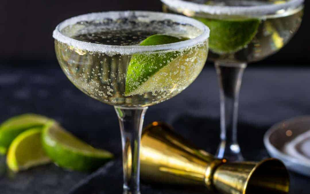 Elderflower, Gin and Prosecco Cocktail