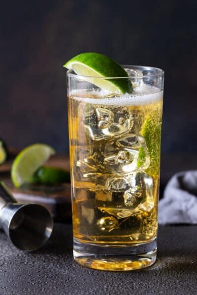 Easy Whiskey Ginger Cocktail