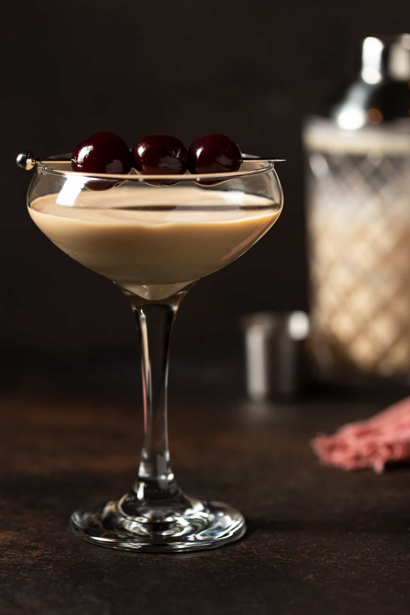 A glass of martini, with Martini and Chocolate.