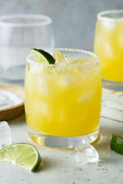 Easy Mango Margarita (on the rocks)