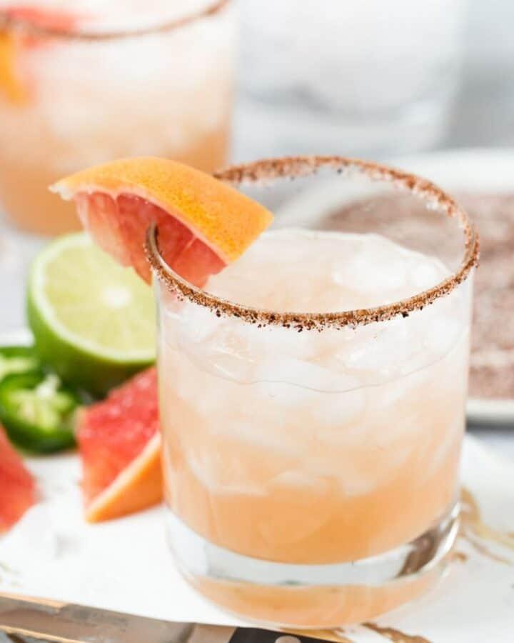 spicy grapefruit margarita featured image