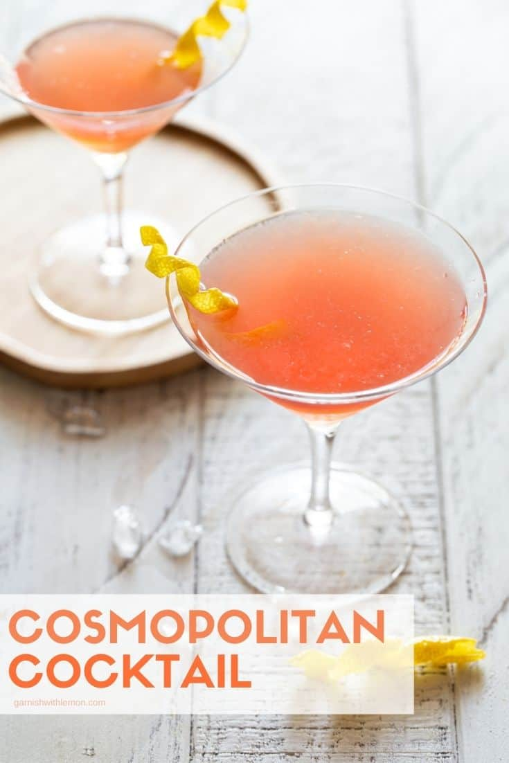 A glass of Martini and Cosmopolitan.